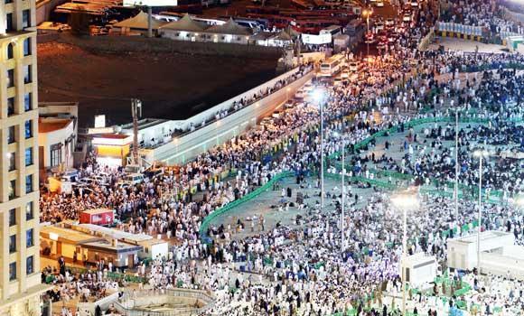 Umra-pilgrims-in-makkah-haram