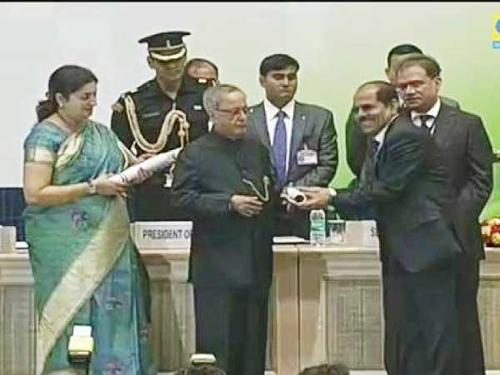 International Indian School Jubail's principal Dr. Syed Hameed receives his National Award for Excellence in Services as a teacher from President of India Sri Pranab Mukherjee.