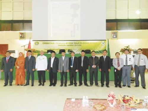 Officials at the three-day orientation program conducted for Hajj service personnel by the Indonesian Hajj Affairs Office in Jeddah.