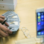 Apple sells more than 10 mln new iPhones in first three days