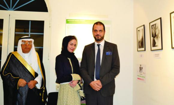 "Italian Consul General Simone Petroni, with the guests of honor Nabil A. Baashan and Saudi journalist Sadiya Muhandis at the ""Pinocchio a matita"" exhibition at the Italian Cultural Center."