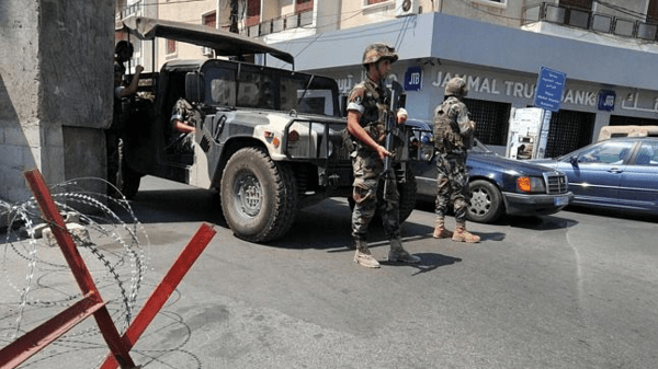 Militants are believed to be holding about 15 Lebanese soldiers and 15 other members of the security forces since August.