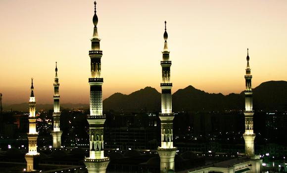 Prophet's-Mosque-in-Madinah_1