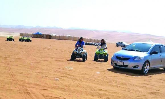 An alarming increase in scorpion bites at Al-Thumamah and other sandy desert regions have put the public on high alert. Al-Thumamah is particularly visited by families with children who come to relax and enjoy the immense red sands and the exciting experience of riding quad bikes in the desert.