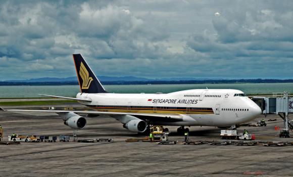 Singapore_Airlines_SIA_747-412
