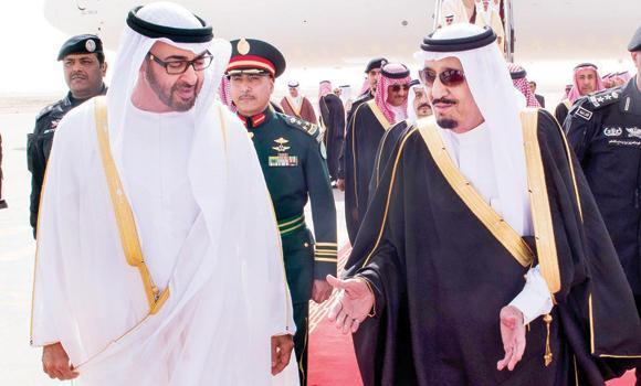 Custodian of the Two Holy Mosques King Salman receives Abu Dhabi Crown Prince Sheikh Mohammed bin Zayed Al-Nahyan at Riyadh airport. (SPA)
