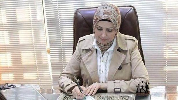 Zekra Alwach, a civil engineer and director general of the ministry of higher education, becomes the first female to be Baghdad's mayor.