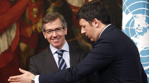 Italy's Prime Minister Matteo Renzi (R) and Bernardino Leon, Head of United Nations Support Mission in Libya (UNSMIL), talk during a meeting at Chigi Palace in Rome March 11, 2015.