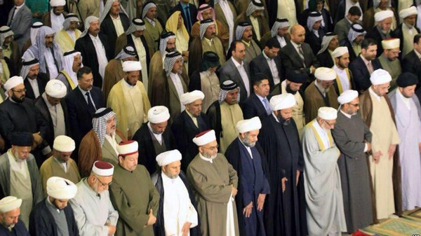 A unified prayer session held between Sunnis and Shiites in the capital Baghdad to confront sectarian strife.