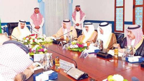 Saudi prince reassures the safety around Yemen border and of the readiness of the Civil Defense.