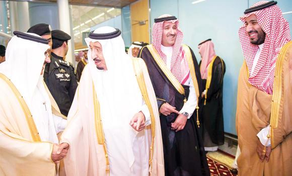 Custodian of the Two Holy Mosques King Salman with Madinah Gov. Prince Faisal bin Salman and Deputy Crown Prince Mohammed bin Salman at the Madinah airport before he left for Jeddah.