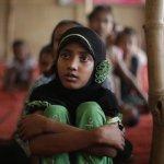 Thousands of Rohingya flee Myanmar for Bangladesh