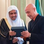 Italian interior minister lauds Muslim World League's role in fighting extremism