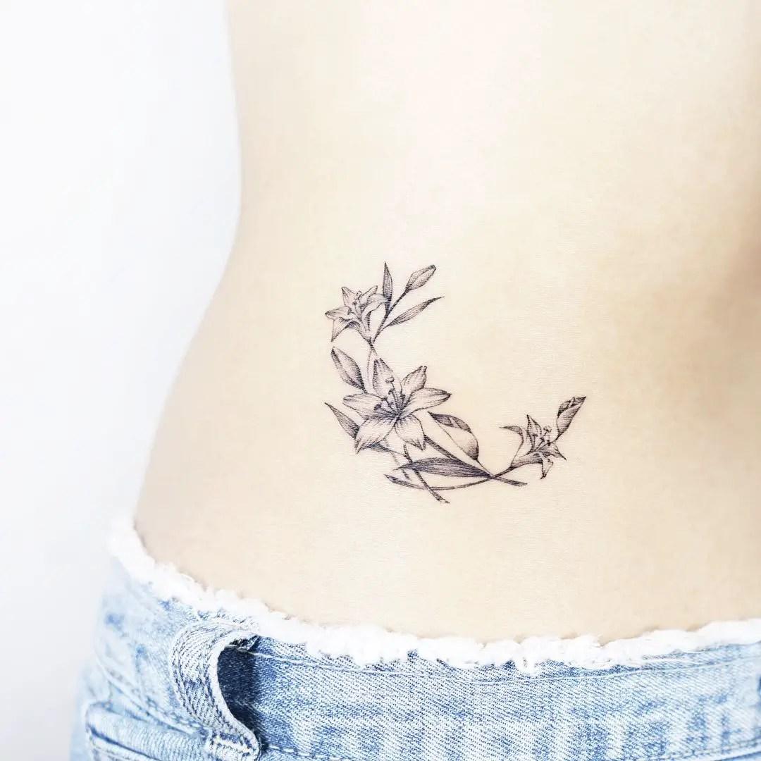 Increíbles Tatuajes Para Mujeres En La Cintura Que Te Vuelven Loco