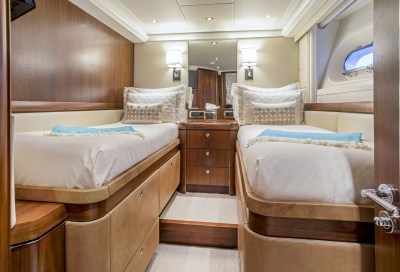 Pura Vida, luxury charter yacht, Caribbean