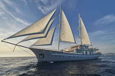 Corsario luxury sailing yacht 1