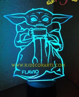 lampara led Yoda bebe