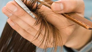 تكسر الشعر 5 اسباب و5 حلول