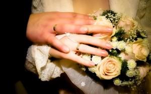 كيف توقدين نار العاطفة والحب بينكما في في 5 دقائق خاااص المتزوجين