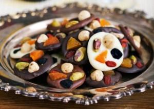 حلوى الفاكهه بالشوكولا