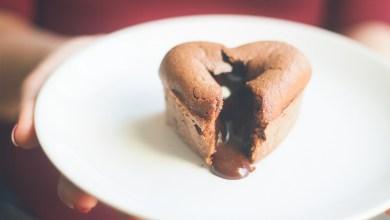 Photo of حلوى قلوب بالشوكولاطة للعيد