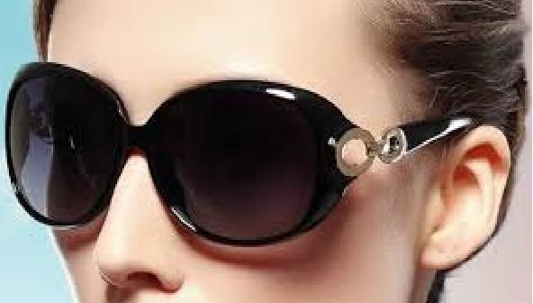 شكل نظارتك الشمسية المناسبة لك