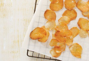 رقائق البطاطا اصنعيها بنفسك لاطفالك