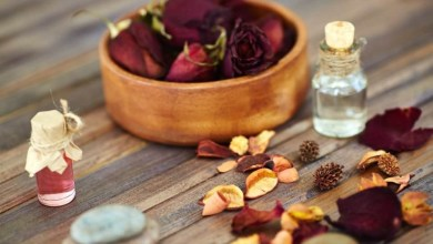 Photo of 6 استخدامات جمالية لماء الورد