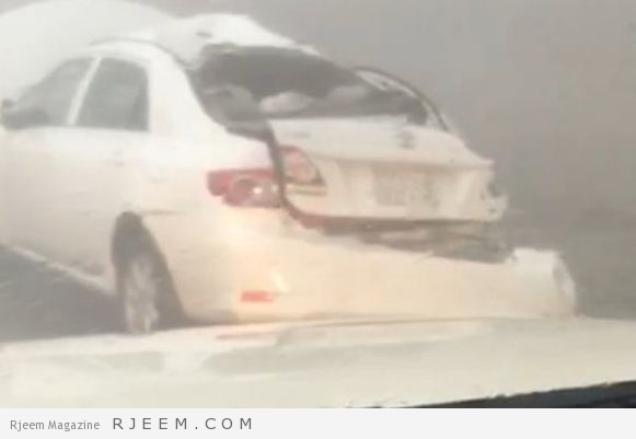 Photo of شاهد: سقوط صخرة ضخمة الحجم يصيب امرأة بعقبة الملك فهد بالباحة
