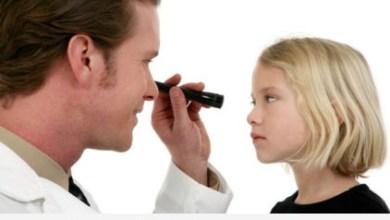 Photo of إشارات تدل على اضطرابات الرؤية لدى الطفل