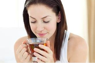 Photo of تناول الشاي قد يقلل من خطر إصابتك بالزهايمر والخرف