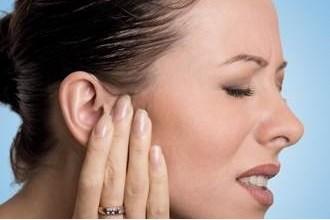 Photo of علاج التهاب الأذن: هل العلاجات البديلة فعالة؟