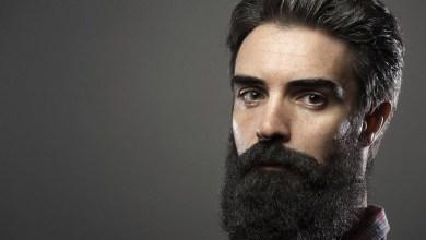 Photo of 5 أسباب خطيرة وراء ظهور الشعر الأبيض قبل بلوغك الثلاثين