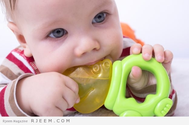 أعراض التسنين عند الأطفال