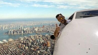 Photo of بالصور: طيار يلتقط صور سيلفي من نافذة طائرته أثناء تحليقه في الجو