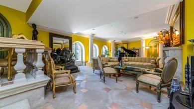 Photo of بالصور: ثمانيني يحول منزله المتواضع إلى قصر فخم