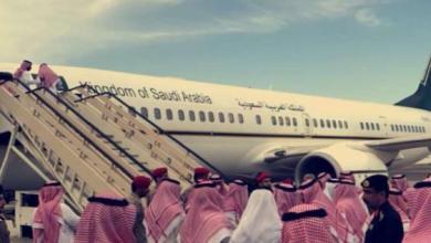 Photo of مغادرة جثمان الأمير منصور بن مقرن متجها إلى الرياض