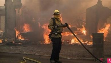 Photo of رجال الإطفاء يواصلون مكافحة حرائق كاليفورنيا