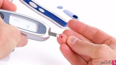 Photo of هذه الأعراض تنذر بنقص سكر الدم