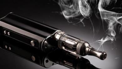 Photo of تدخين المراهقين للسجائر الإلكترونية قد يشجعهم على تدخين التبغ مستقبلاً