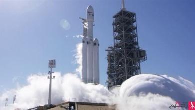 """Photo of """"سبايس إكس"""" تختبر محرّكات أقوى صاروخ فضائي في العالم"""