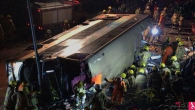 Photo of بالصور والفيديو: مقتل 19 شخصاً في انقلاب حافلة بهونغ كونغ