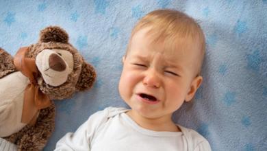 Photo of علامات التهاب الأذن عند الأطفال