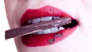 Photo of تعرفي على فوائد الشوكولاتة الداكنة للجسم والصحة