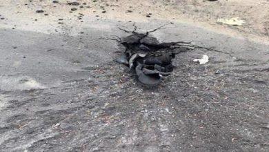 Photo of إصابة مواطنة إثر سقوط شظايا مقذوف حوثي بنجران