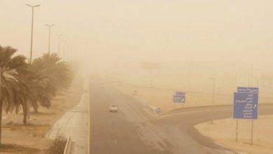 Photo of رياح مثيرة للأتربة على الشرقية والرياض ونجران والمدينة ومكة