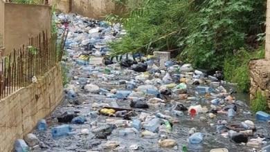 Photo of بالفيديو| النفايات والقمامة تُعوض الماء في أنهار لبنان