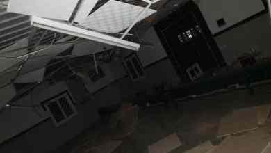 Photo of بالصور: مقذوف حوثي يصيب مسجدا ومنزل مواطن في ظهران الجنوب.. ولا إصابات