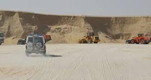 Photo of بلدية غرب الدمام تواصل جولاتها لمتابعة مخالفي نهل الرمال