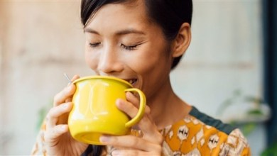 Photo of كيف يؤثر شرب القهوة على صحة الدماغ